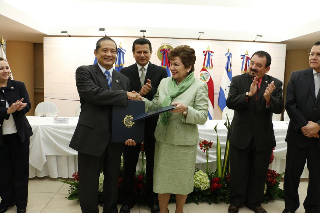 Taiwán realiza donación de fondo para proyectos del pilar social del SICA