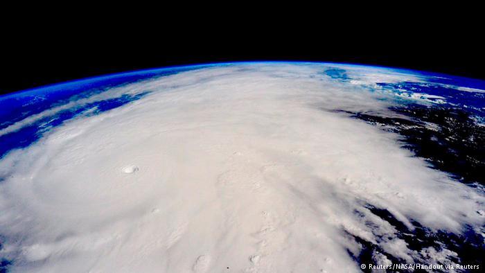 El Huracán Patricia se interna en México