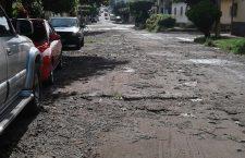 calle-danada-por-lluvias