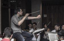 maestro-wilbur-lin-durante-ensayos-generales-con-jovenes-orquesta-sinfonica-juvenil-20160927-2
