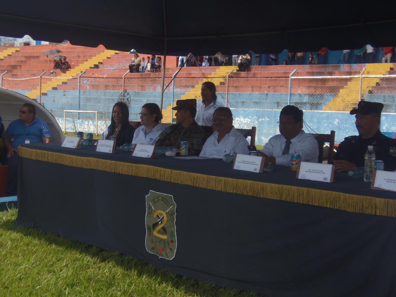 Estadio Quiteño vuelve a ser el escenario para el cierre del mes cívico
