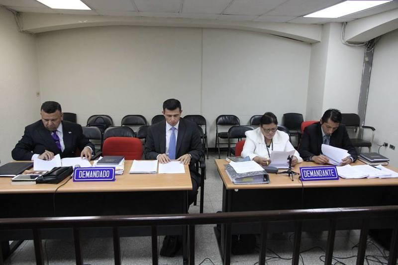 Cámara admite pruebas contra expresidente Funes