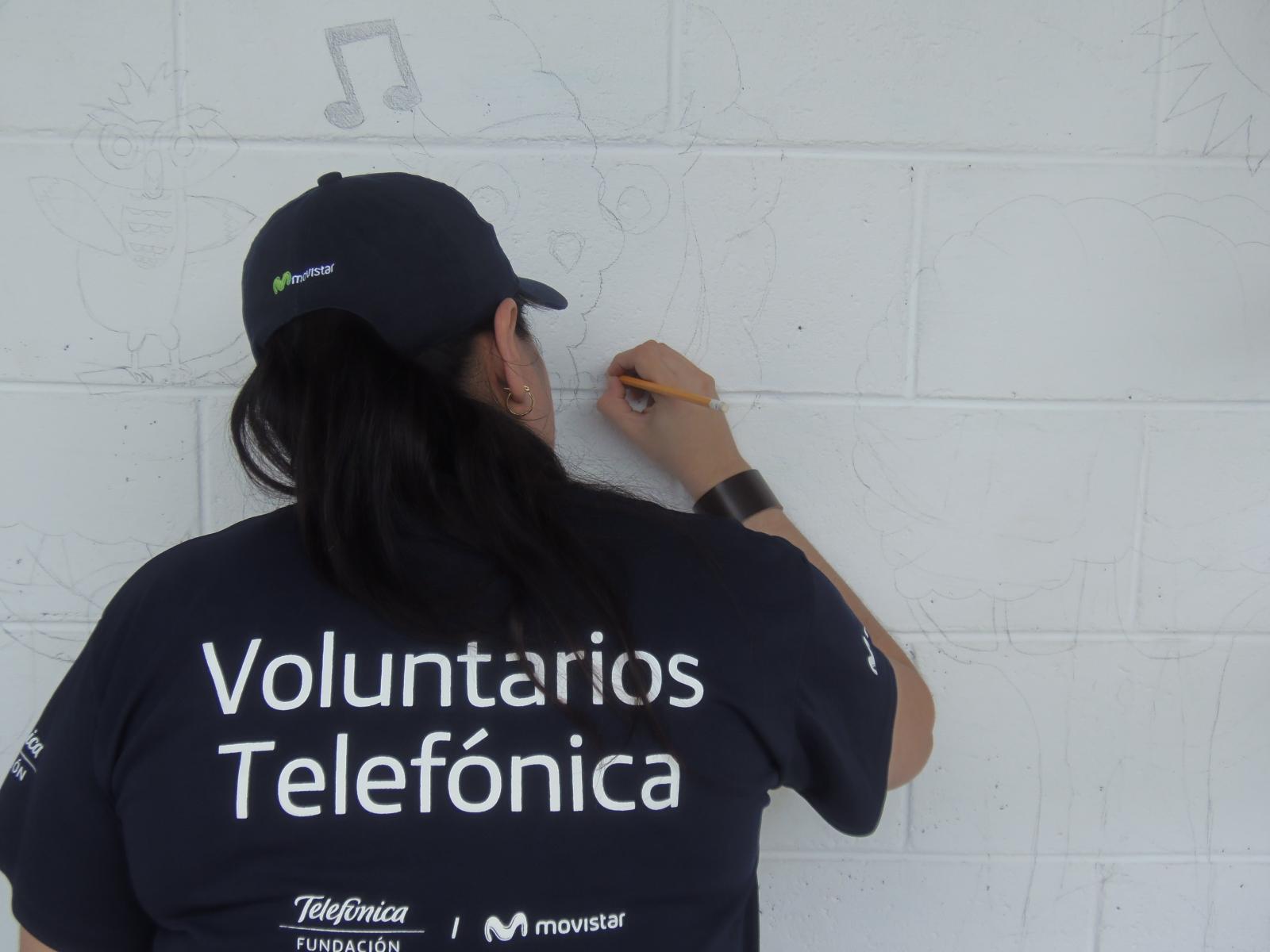 Centro escolar Lotificación El Rosario fue beneficiado con el proyecto de voluntariado Telefónica de la empresa Movistar