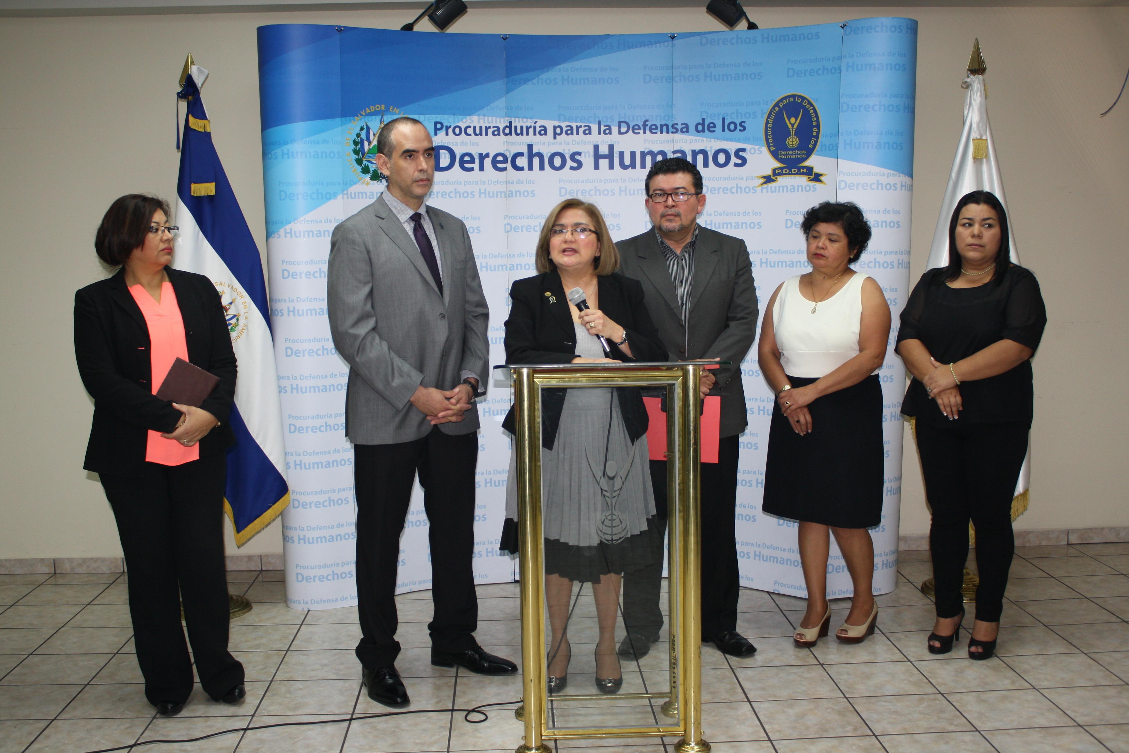 Procuradora presenta iniciativas de protección a elementos de la PNC, FAES  y sus familiares