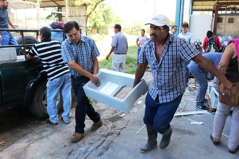 El CENTA hace entrega de cocinas ecologicas