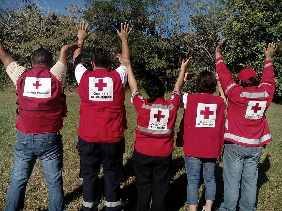 """Cruz Roja El Salvador realiza campamento denominado """"súmate deja tu huella"""""""