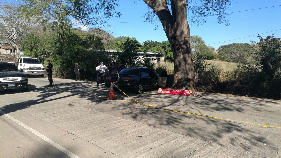 Agente de la PNC pierde la vida en accidente carretera hacia Metapán