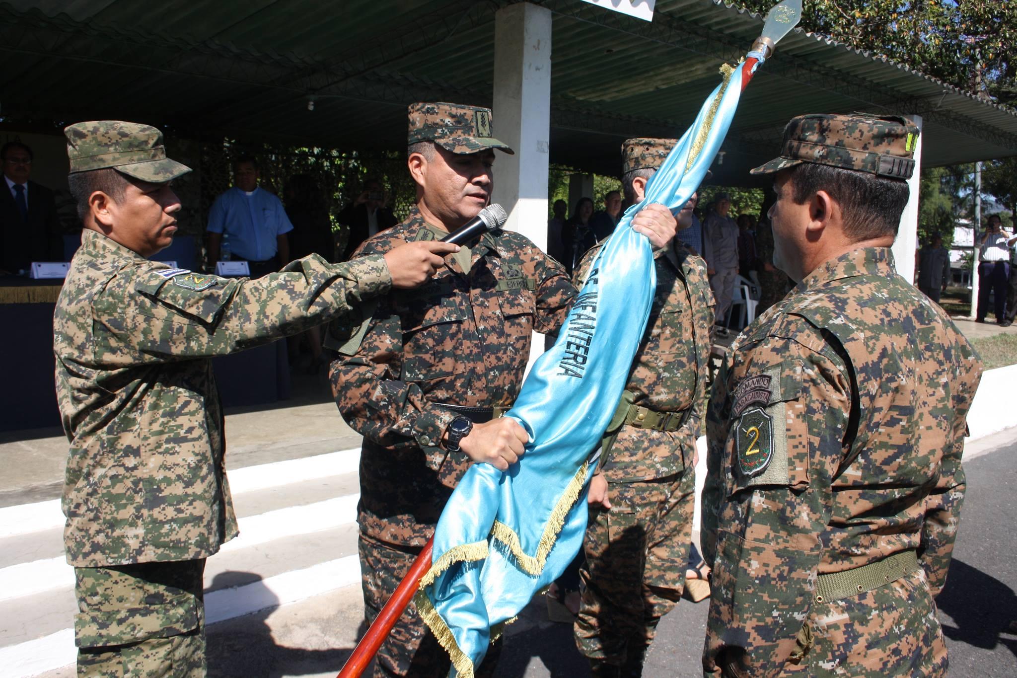 """Realizan traspaso de mando en la Segunda Brigada de Infantería """"General Tomas Regalado"""""""
