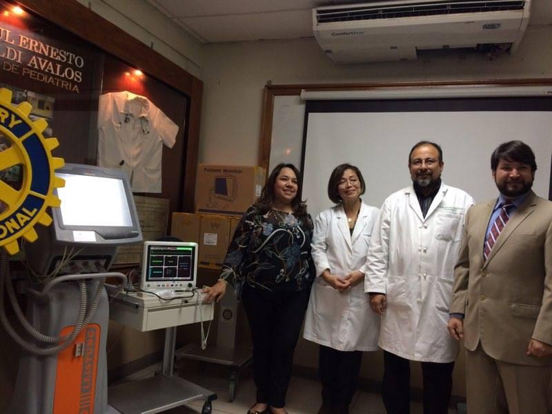 Rotarios entregan equipo para el área de pediatría del hospital San Juan de Dios de Santa Ana
