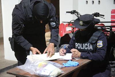 Autoridades salvadoreñas golpean una estructura delictiva ligada al  narcotráfico internacional que operaba en pacífico salvadoreño