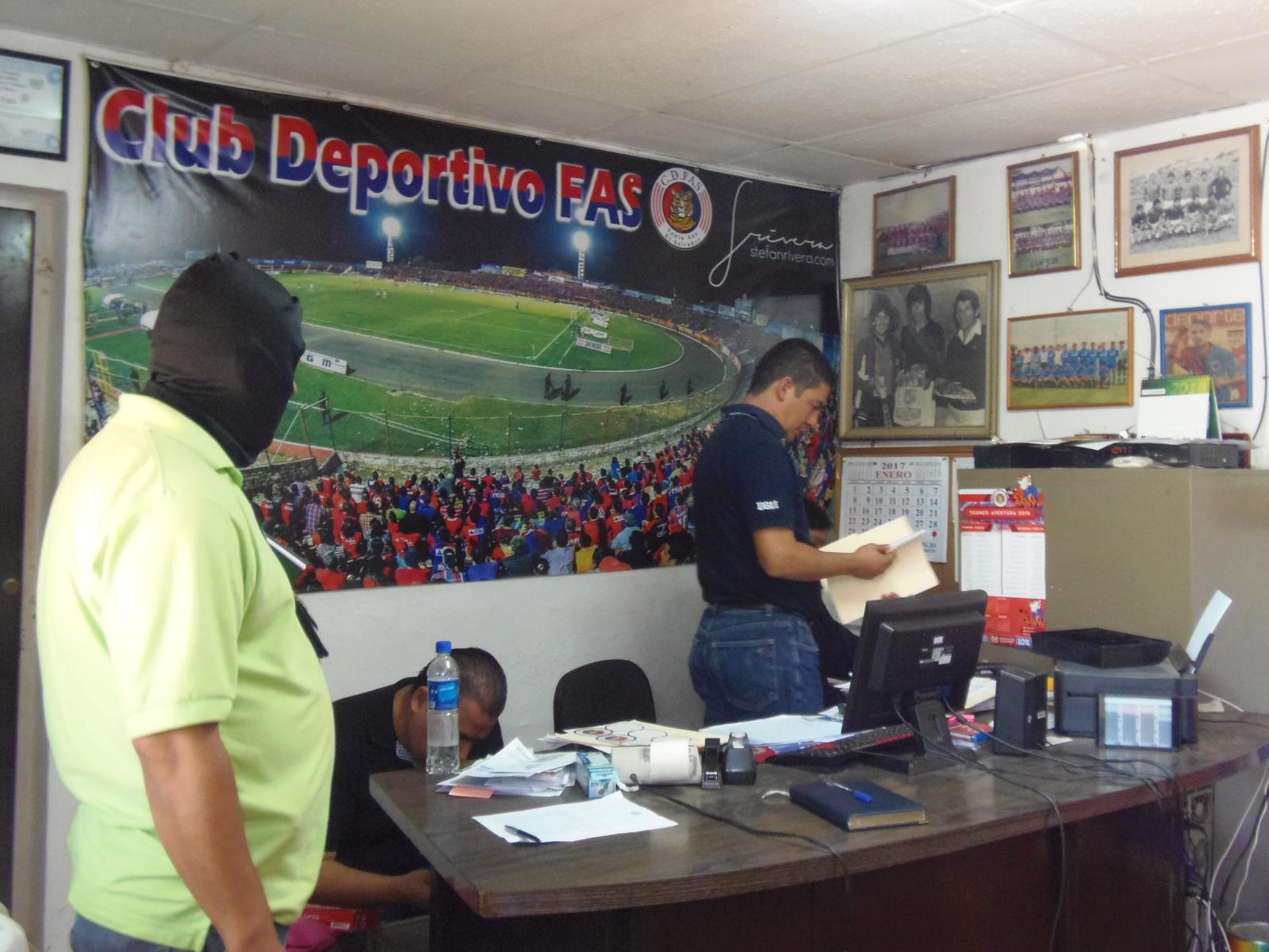 Arrestan a expresidente de Club Deportivo FAS, Rafael Villacorta