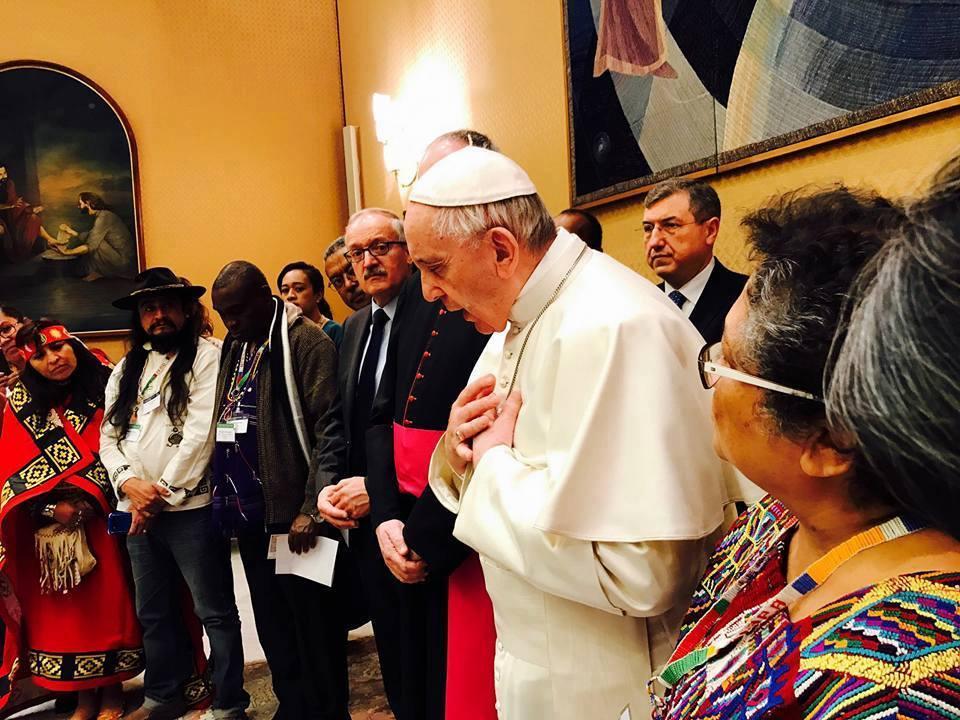 Papa Francisco recibe a Pueblos Indígenas de El Salvador