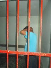 Condenan a ex PPI de la PNC a 80 años de cárcel por violación de sus hijas