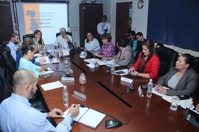 Comisión de la Familia conoce informe del MINSAL sobre situación de embarazos en niñas y adolescentes
