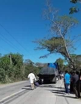 Motociclista pierde la vida carretera Metapán Santa Ana