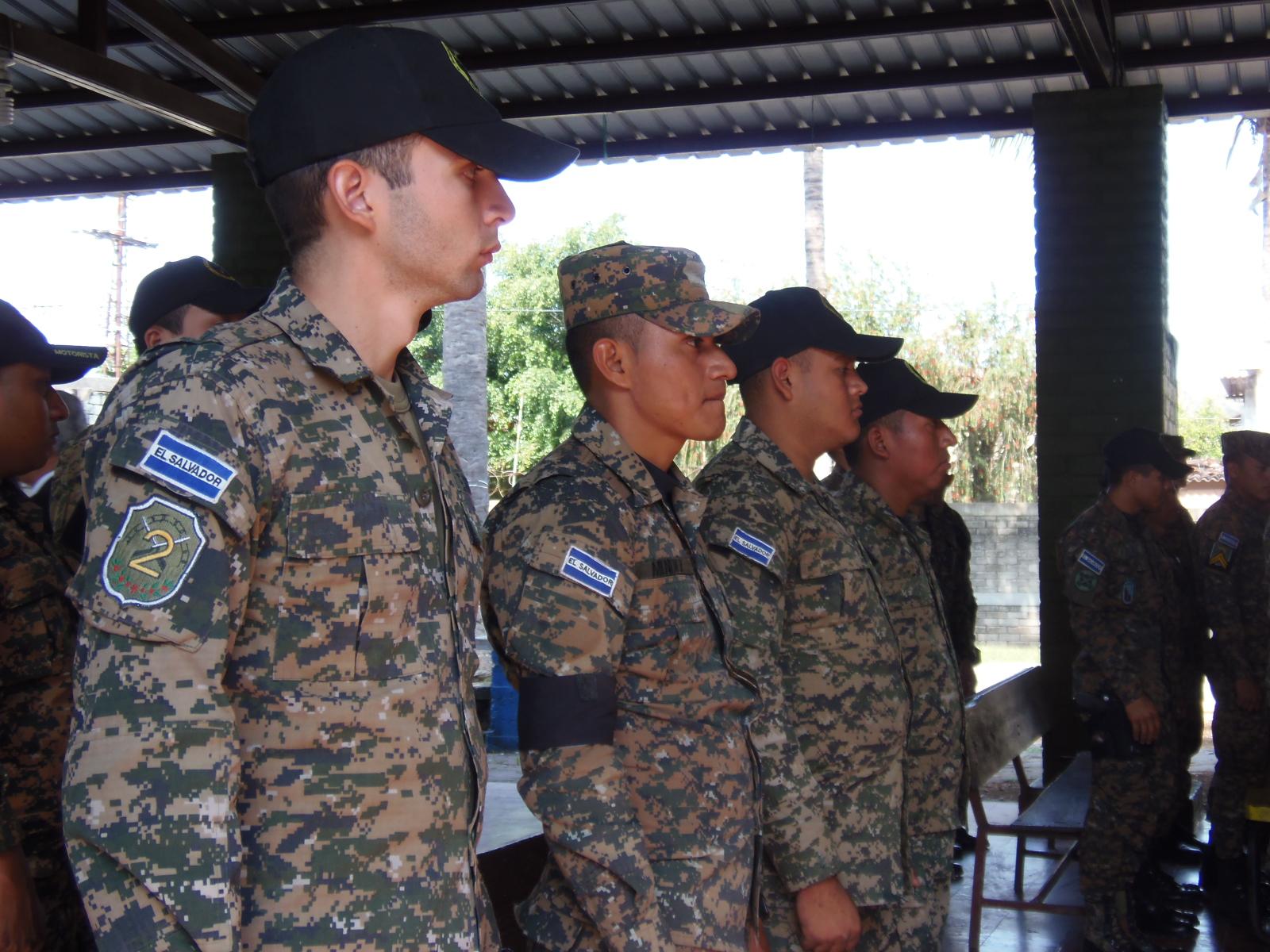 Continúan capacitaciones para personal militar en derechos humanos