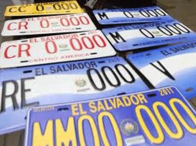 Asamblea Legislativa amplía vigencia de las placas vehiculares