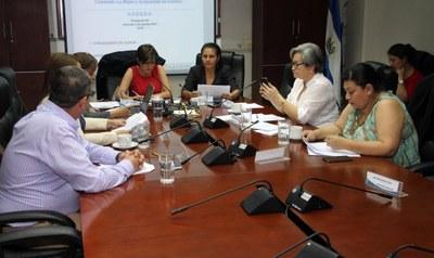 COMIG trabaja en defensa de la protección de los derechos de las mujeres salvadoreñas
