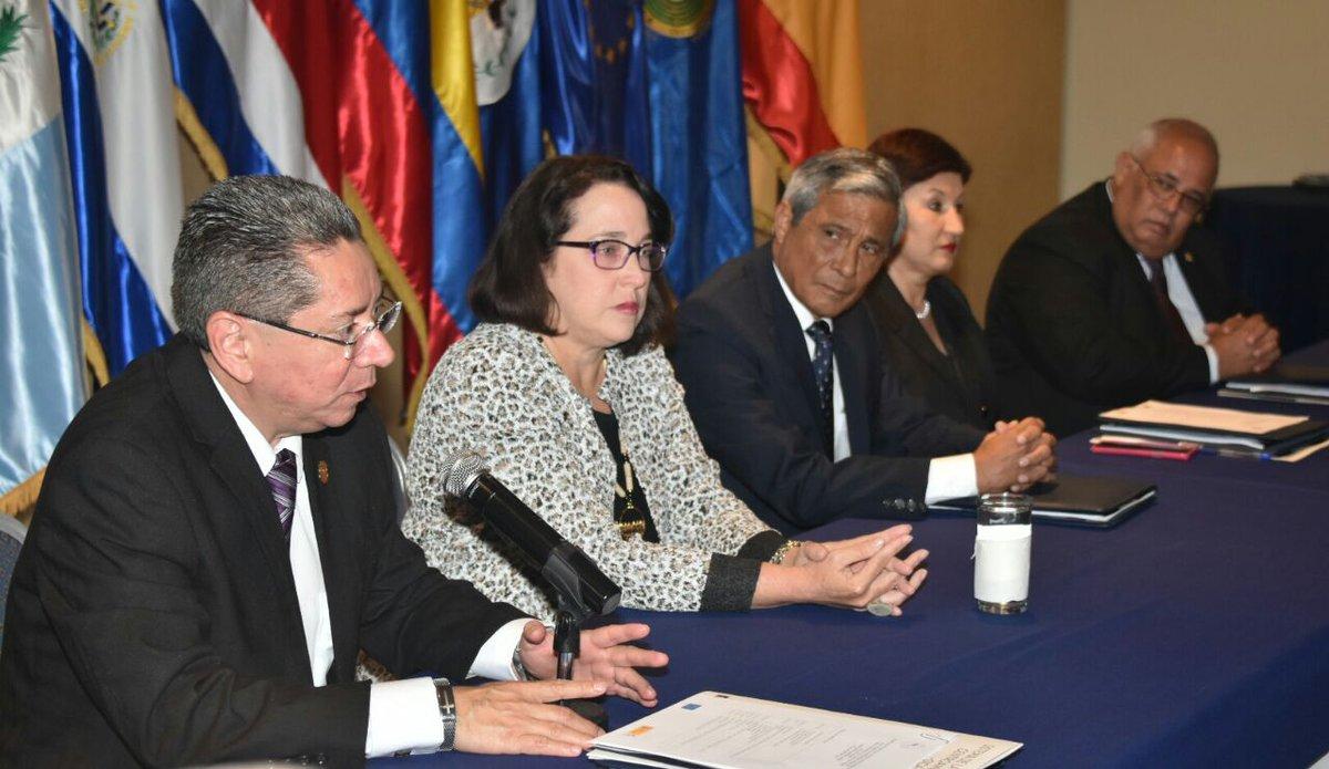 Miembros del Consejo Centroamericano y del Caribe de Ministerios Públicos dan apoyo incondicional a Fiscal de El Salvador, Douglas Meléndez