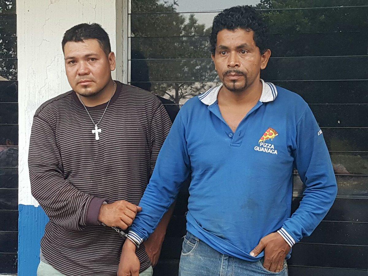 Arrestan a repartidores de pizza que trasladaban droga