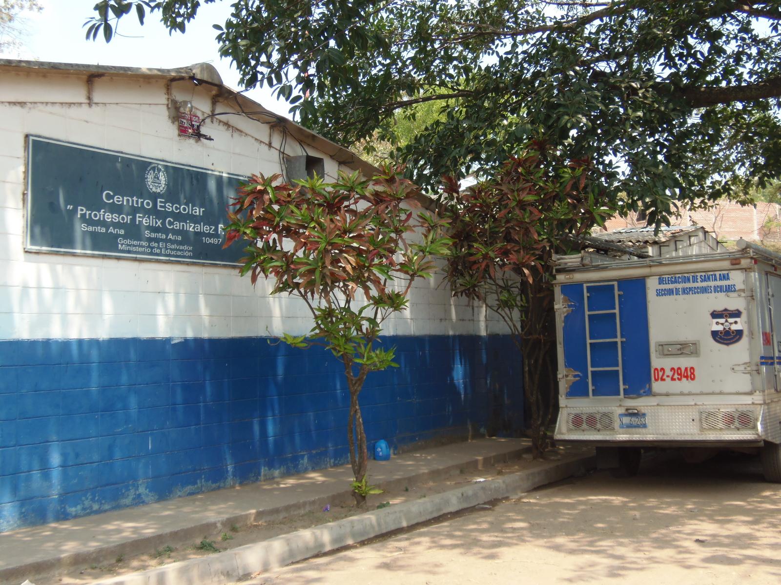 Asesinan a mujer que se dedicaba a vender fruta frente a centro escolar