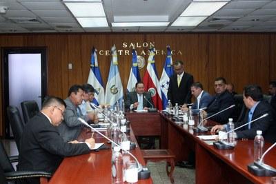 Conocen informe de la Subcomisión para estudiar candidatos a presidente del TEG