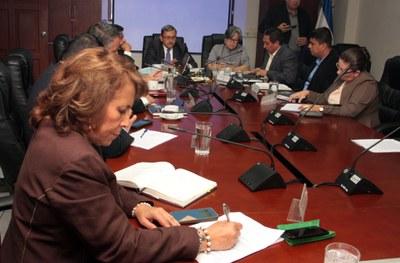 Buscan reformar la Ley de FONAVIPO para beneficiar a las mujeres jefas de hogar