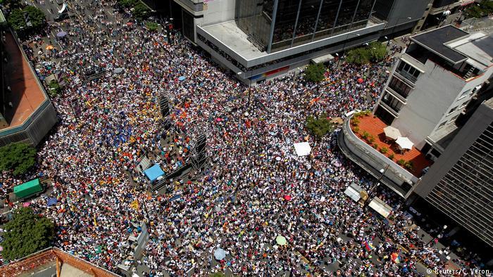 Venezuela: protestas son reprimidas nuevamente