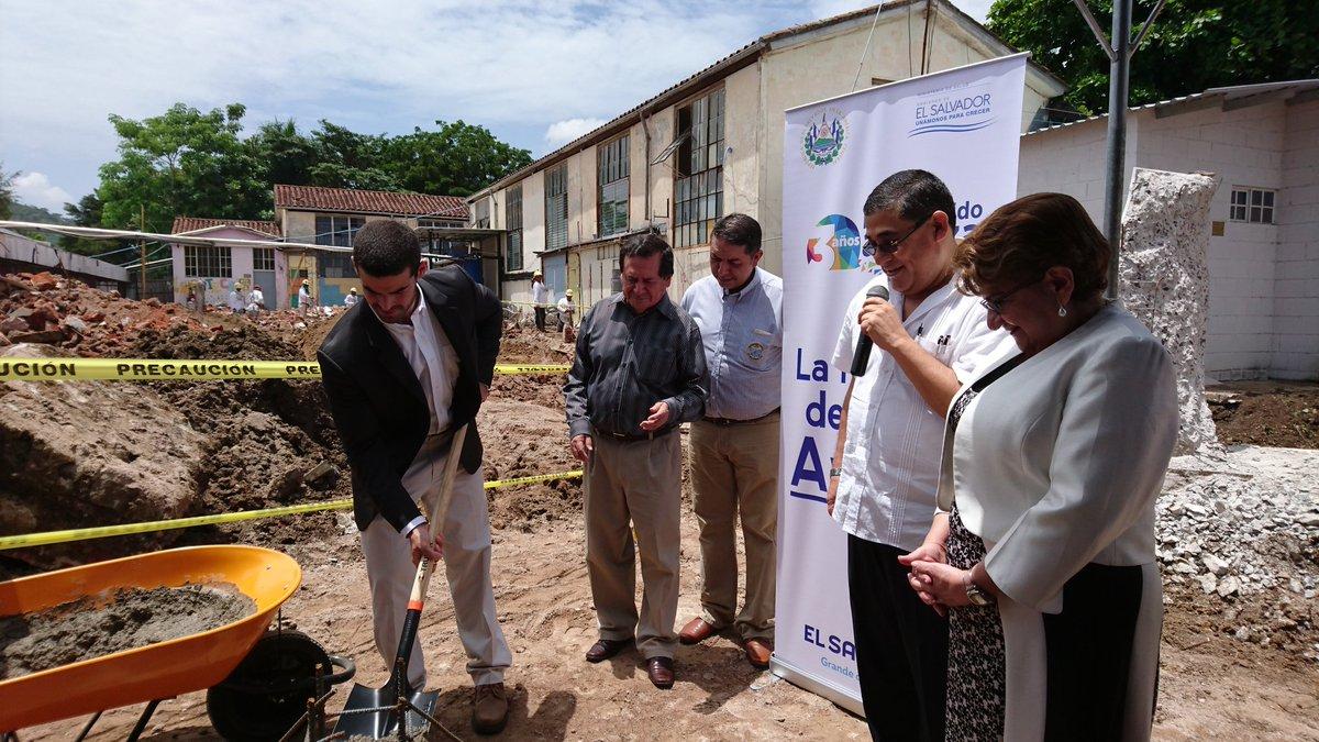 Hospital San Juan de Dios de Santa Ana mejorará área de pediatría
