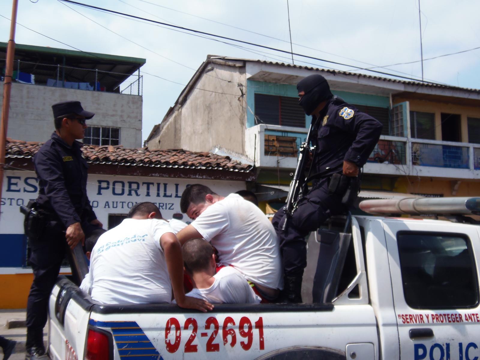 Policía captura a varios delincuentes durante el fin de semana