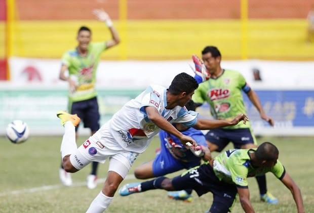 Alianza y Santa Tecla jugarán la final del fútbol salvadoreño