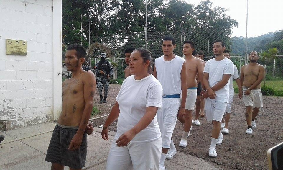 14 sujetos fueron capturados en el mercado central N° 1 de Santa Ana