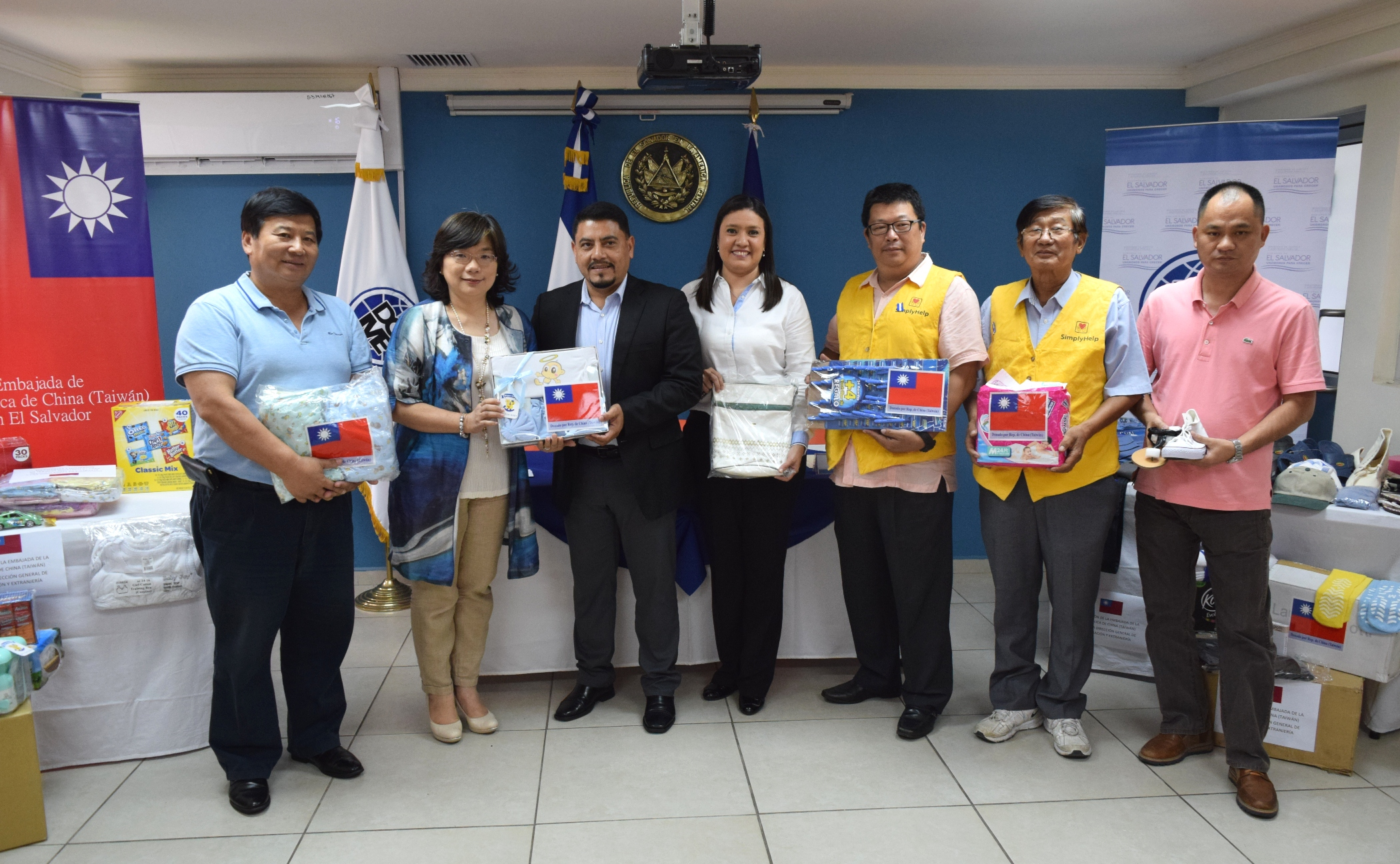 Taiwán realiza donación para migrantes retornados salvadoreños