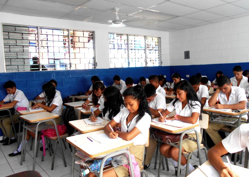 Japón construyó aulas para bachillerato en escuela de Jicalapa