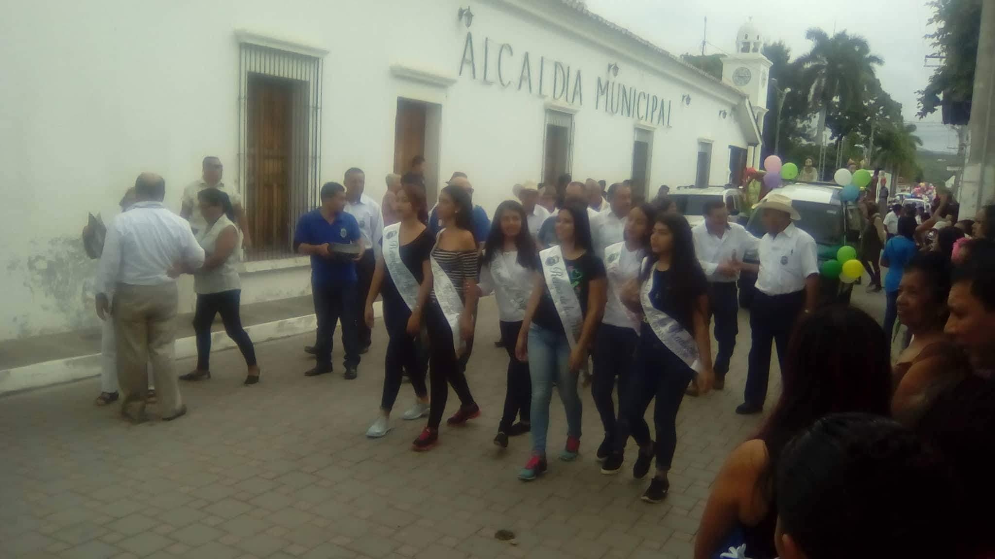 Desfile del correo en Metapán