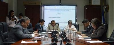 Ministerio de Salud informa sobre enfermedades provocadas por contaminación ambiental de los combustibles