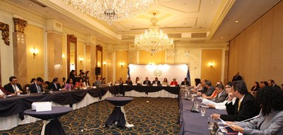 Legisladores salvadoreños comprometidos con prevenir y eliminar el matrimonio infantil y las uniones tempranas