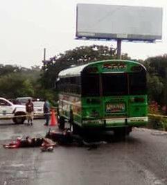 Accidente carretera a Chalchuapa deja dos personas fallecidas
