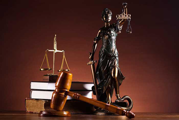 PIDIENDO JUSTICIA