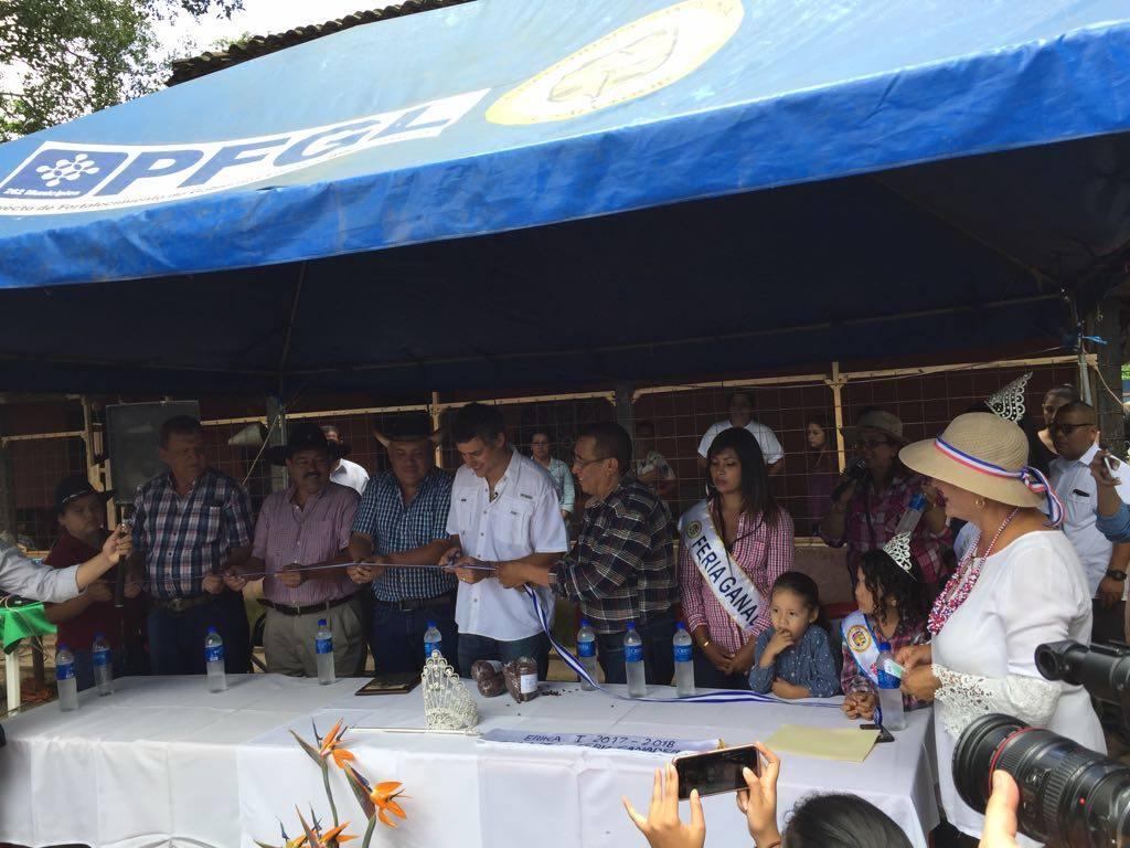 Realizan jaripeo y rally en la ciudad de Chalchuapa
