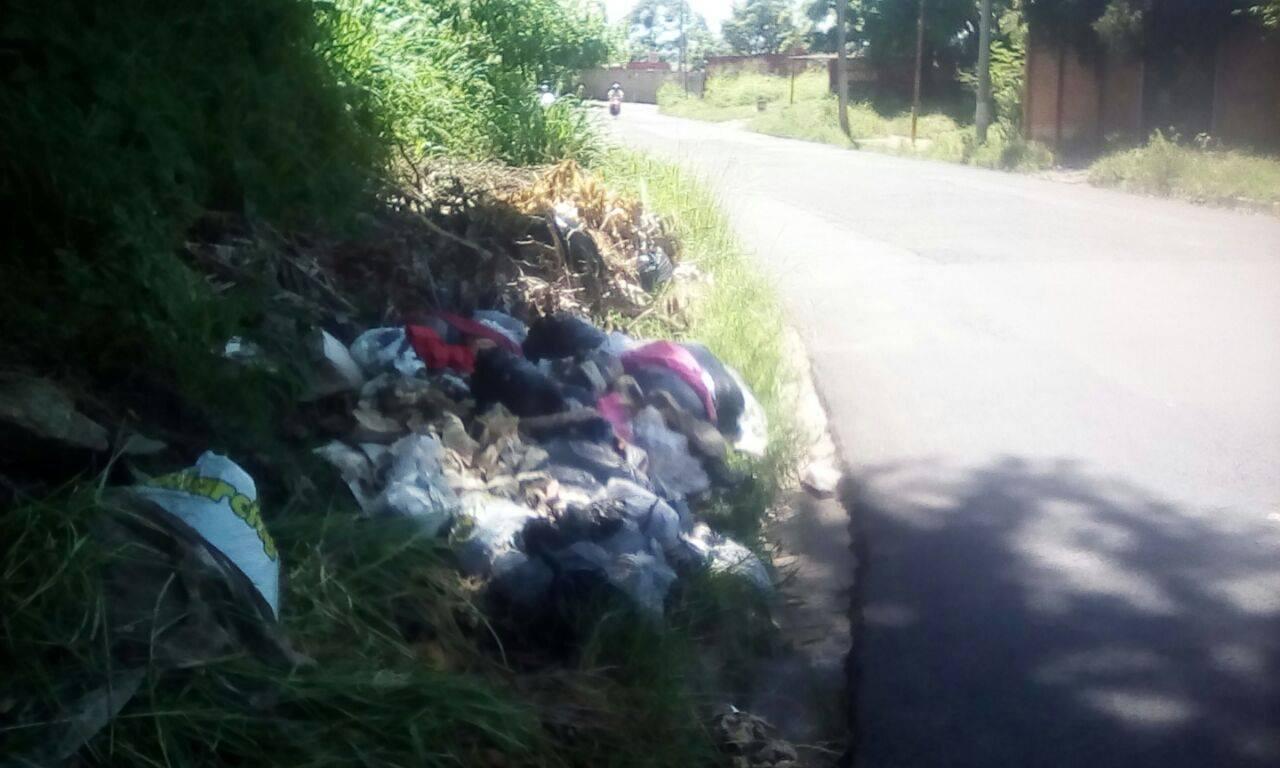 Ciudadanos exigen limpieza en los alrededores del estadio Quiteño