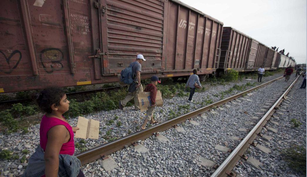 Estados Unidos cierra programa para menores refugiados de El Salvador