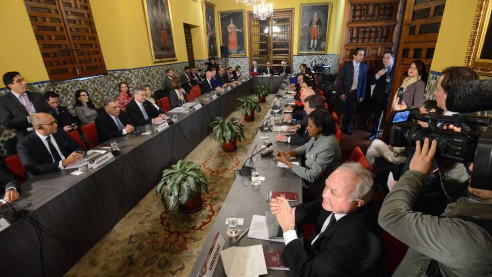 América se moviliza para aislar a Maduro
