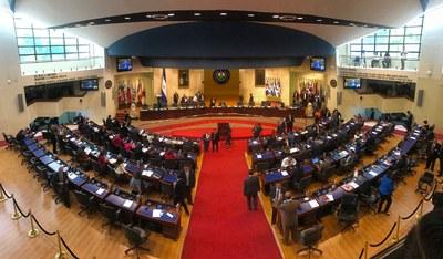 Elección de magistrados de la CCR se aplaza por desacuerdos