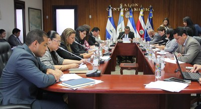 Retoman estudio de propuesta de reforma al Código Penal y Código Procesal Penal para erradicar prácticas de evasión y elusión fiscal