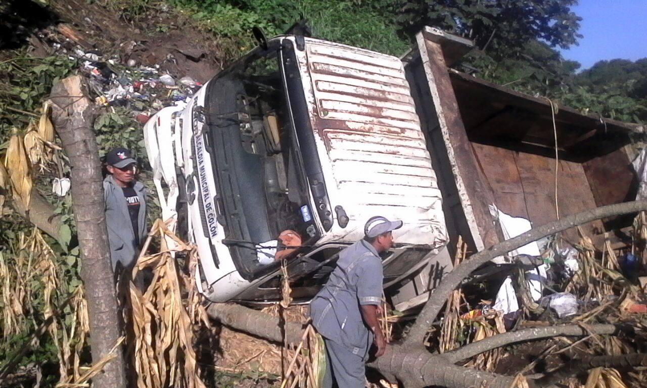 Mañana del martes inicia con dos accidentes de tránsito sobre la carretera Panamericana