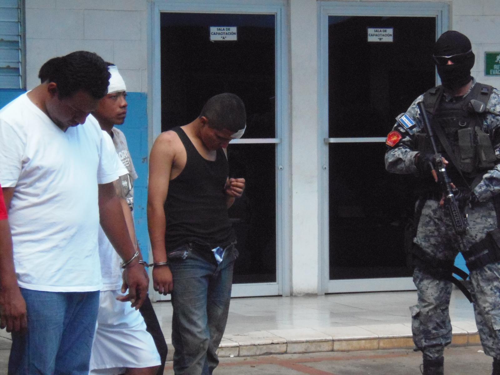 Policía arresta a extorsionistas y estafadores