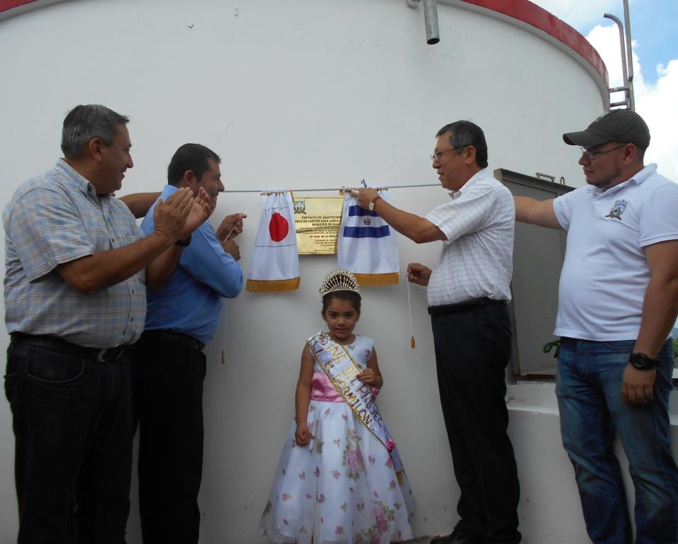 Japón y alcaldía llevan agua potable a 97 familias de Guacotecti