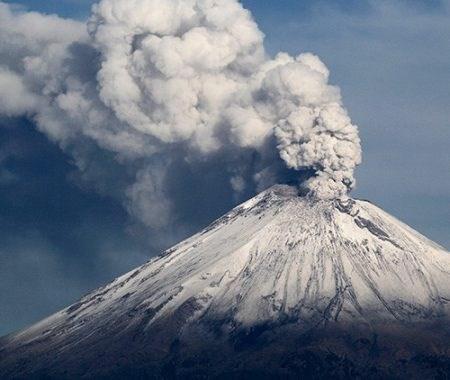 El volcán Popocatepetl hace erupción tras el terremoto en México
