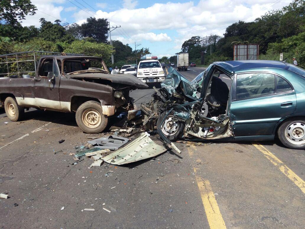 Accidente en kilómetro 69 carretera a Chalchuapa deja una persona lesionada
